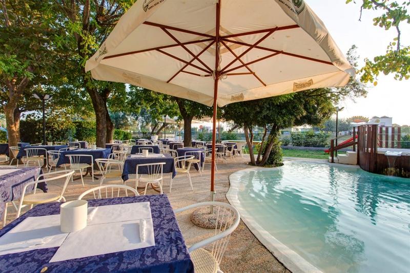 Hotel Cesenatico Con Piscina Interna